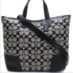 Handbags - New without tags. Coach Hadley Handbag